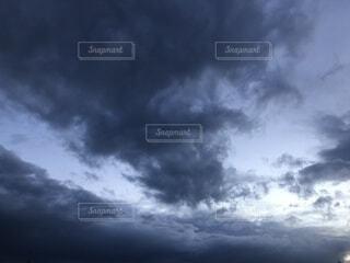 空の雲の写真・画像素材[4379355]