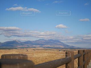 山と空の写真の写真・画像素材[1704090]