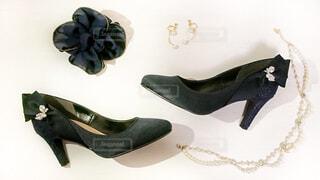 靴やネックレスの写真の写真・画像素材[1709710]