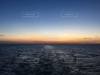 遠く、遠くの写真・画像素材[1704751]