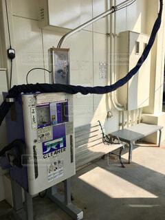 ガソリンスタンドの掃除機の写真・画像素材[1760306]
