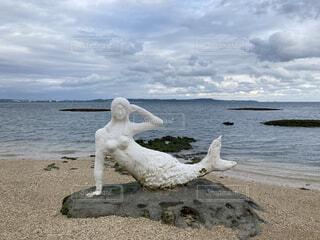 沖縄の中城モールにいる有名な人魚の写真・画像素材[3986770]