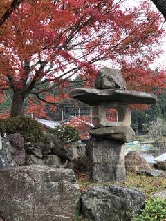 大きな岩の像の写真・画像素材[1705809]