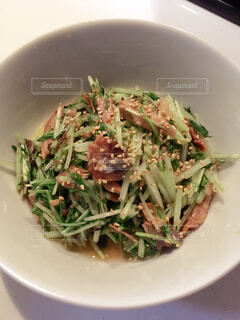 鰯と水菜の白だし炒めの写真・画像素材[2266338]