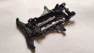 近くに銃のアップの写真・画像素材[1712669]