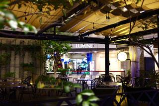 東京、夜、カフェテリアの写真・画像素材[1712232]
