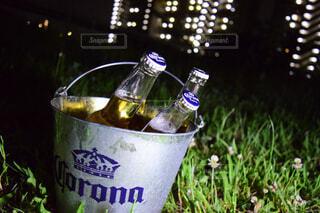 クローズ ボトルのアップの写真・画像素材[1715517]