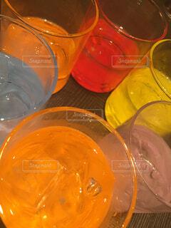 キレイな色のジュースの写真・画像素材[1711580]