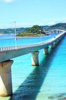水の上の橋の写真・画像素材[1711917]