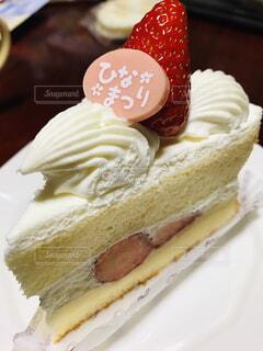 イチゴのケーキの写真・画像素材[1724419]