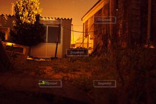 ヤエヤマホタルの軌跡の写真・画像素材[2124326]