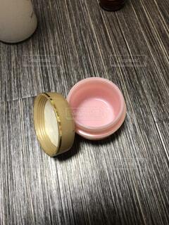 化粧品の使用済み空箱の写真・画像素材[1758637]
