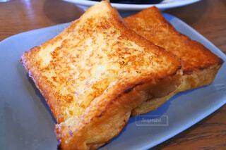 ふるふるフレンチトーストの写真・画像素材[1714545]