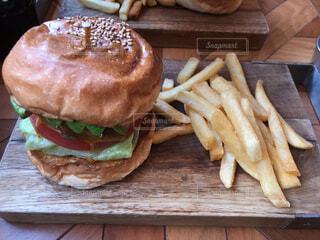 ハンバーガーの写真・画像素材[1717956]