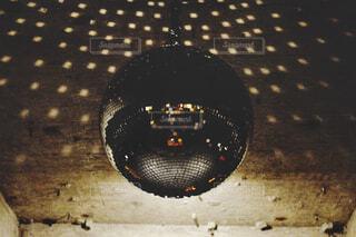 ミラーボールの写真・画像素材[1717131]
