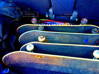 スケートパークへ!の写真・画像素材[1717351]