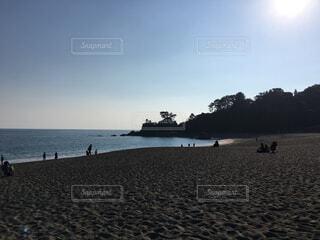夕暮れの砂浜の写真・画像素材[1717487]