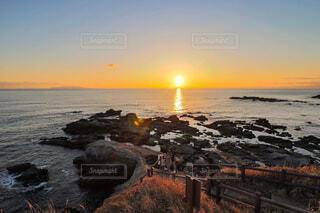 海に沈む夕日の写真・画像素材[1719725]