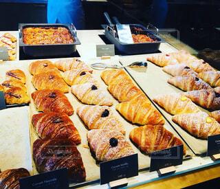 美味しそうなパン達の写真・画像素材[2359706]