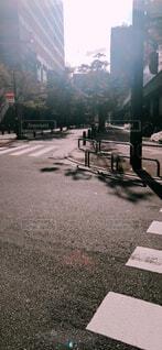 夕日が影を落とす街の写真・画像素材[1723958]
