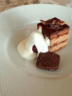 頼み込んだケーキの写真・画像素材[1729571]
