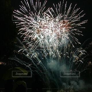 学生最後の花火の写真・画像素材[1722962]
