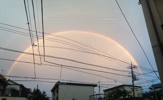 夕方の虹の写真・画像素材[1723286]