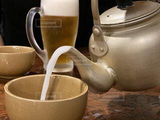 コーヒーカップを間近に並べますの写真・画像素材[2803690]