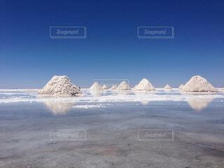 ウユニ塩湖の写真・画像素材[1729701]