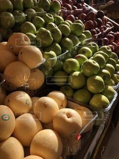 果物売り場の写真・画像素材[1737578]
