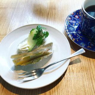 メロンショートケーキとコーヒーの写真・画像素材[1732841]
