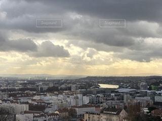 雲でいっぱい港の写真・画像素材[1731820]