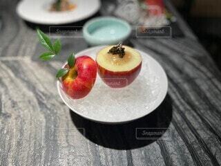 りんごのウニソースの写真・画像素材[4769986]