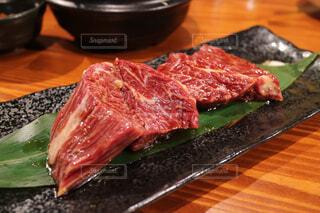 厚切り肉の写真・画像素材[1736508]