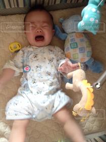 子ども,赤ちゃん,涙,5ヶ月