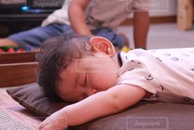 子ども,家族,インテリア,子どものいる風景,昼寝,赤ちゃん,データ軽いバージョンも出品しています!