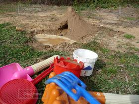 山,バケツ,スコップ,土,トンネル,水遊び,砂遊び,外遊び,泥遊び