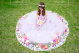 女性,1人,モデル,20代,自然,春,結婚式,花嫁,ドレス,人物,ウェディングドレス,結婚,新婦