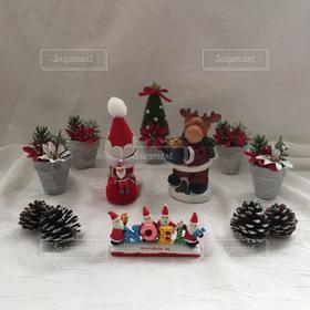 室内装飾,植木鉢,松ぼっくり,サンタクロース,ポインセチア,ツリー,トナカイ,サンタクロース帽子,サンタクロースブーツ