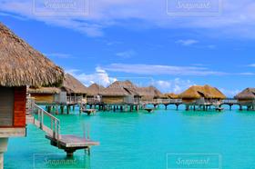海,空,海外,南国,雲,青空,旅行,リゾート,ビーチリゾート♡,ボラボラ島,水上コテージ,タヒチ