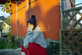 女性,1人,ファッション,冬,自撮り,帽子,めがね,眼鏡,セルフィ,ニット帽,ポートレート
