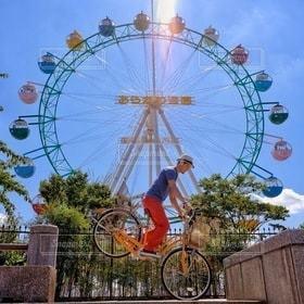 男性,1人,自転車,ママチャリ,観覧車