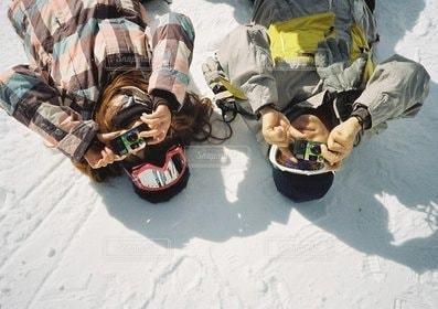 女性,男性,恋人,2人,カメラ女子,カップル,雪,人物,スキー,スノボ,カメラ男子