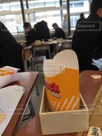 学生,食べ物,建物,室内,高校生,高校,部活,将棋,文化祭