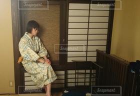 女性,1人,20代,温泉,浴衣,和室