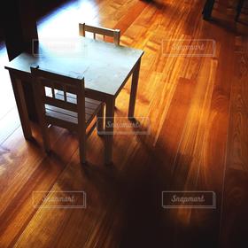 インテリア,茶色,椅子,テーブルフォト