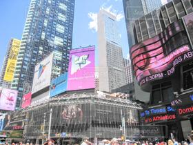 ニューヨーク,街並み,ビル,アメリカ,街,高層ビル,広告,交差点,NY,オフィス街,タイムズスクエア,ビジネス,摩天楼,ビジネス街