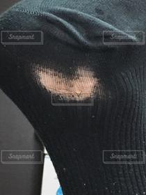 足,ハート,穴,靴下,黒い靴下,靴下の穴