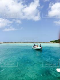 自然,風景,海,空,青空,船,エメラルドグリーン,南の島