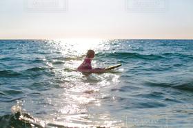 女性,自然,風景,海,夕日,サーフィン,ビーチ,夕焼け,反射,光,ハワイ,ハワイ島